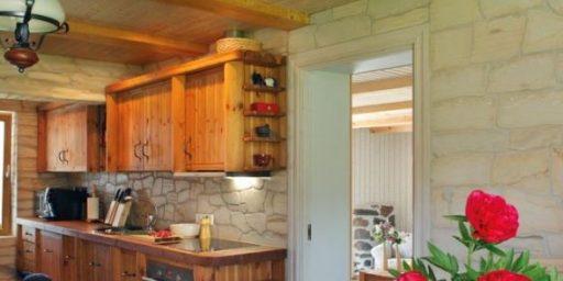 Maakodu stiilis köögid — vaata ja imetle!