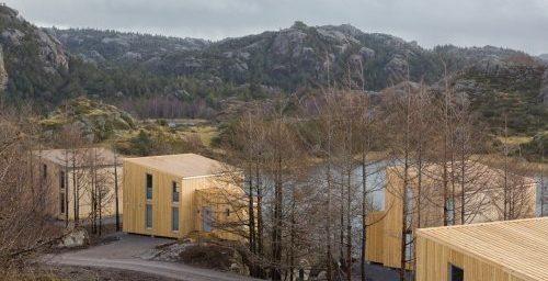 Aasta tehasemaja 2015 on Nordic Houses vabaaja-majade arendusprojekt Norras